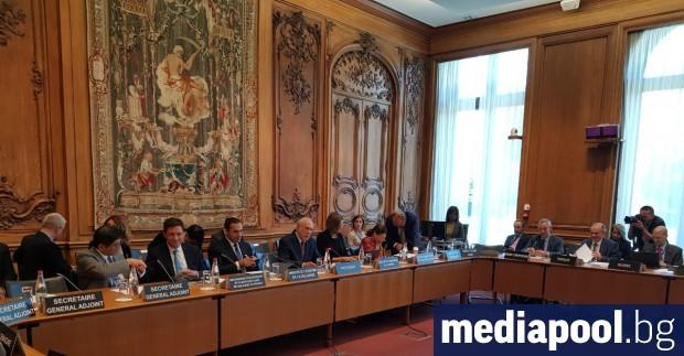 България очаква решение за започване на преговори за членство в