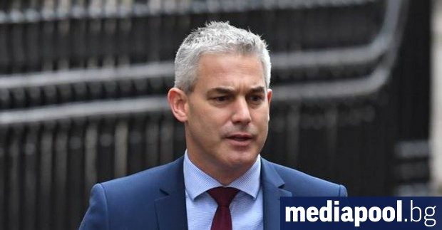 Британският министър за Брекзит Стивън Баркли заяви, че има тласък