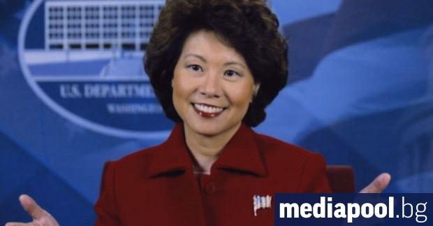 Конгресът на САЩ започна разследване срещу министърката на транспорта Илейн