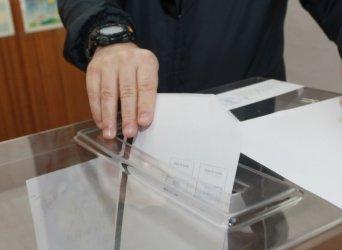 ГЕРБ печели 8 областни града със свои и припознати кметове