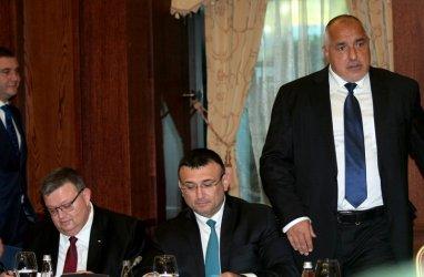 Борисов: Туризмът спада с 20%, но 10% повече са приходите от алкохол