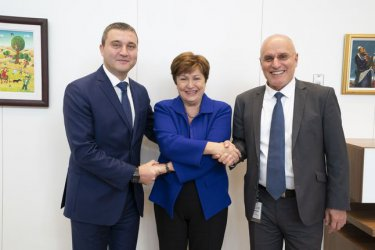 Горанов се срещна с Кристалина Георгиева