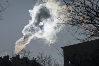 Сериозно замърсяване на атмосферата в Гълъбово