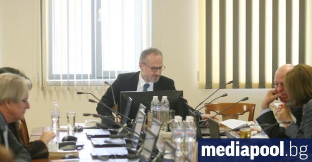 Мнозинството в Съдийската колегия на Висшия съдебен съвет поиска оставката