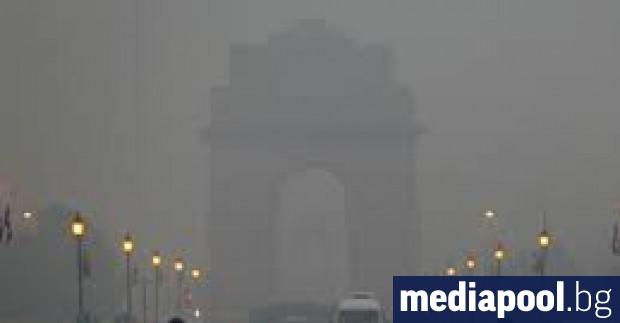 Снимка: За поредна година жителите на Делхи се задушават от отровния смог