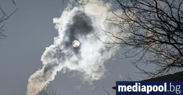 Сериозно замърсяване на атмосферата в Гълъбово е регистрирано в неделя