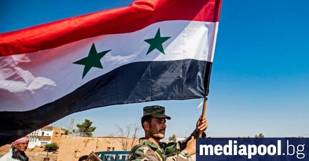 Части от сирийската армия стигнаха границата с Турция в района