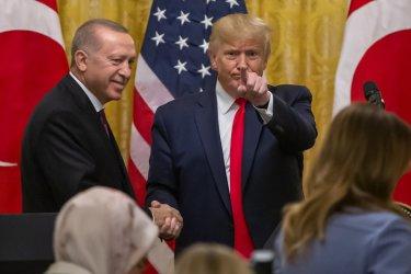 Тръмп обяви в Белия дом, че е голям фен на Ердоган