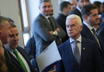 Напуснат от съпартиеца си, Волен Сидеров става независим общински съветник