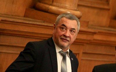 """Валери Симеонов обяви, че """"Атака"""" е извън управляващата коалиция"""