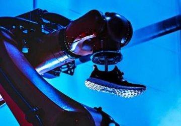 """""""Адидас"""" затваря роботизираните си заводи в Германия и САЩ"""