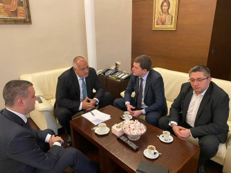 Борисов за пернишкия воден режим: Направиха се на хитри