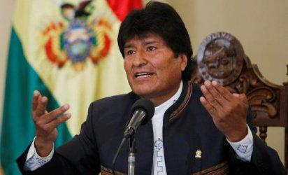 Президентът Ево Моралес подаде оставка, Боливия е обхваната от размирици