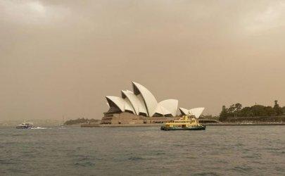 Според австралийския премиер пожарите в страната не са свързани с климатичните промени