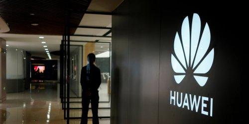 """САЩ пак удължиха изключенията от санкциите срещу """"Хуауей"""""""