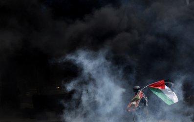 """Израел  и """"Ислямски джихад"""" продължават размяната на ракети и въздушни удари"""