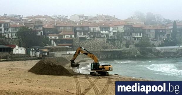 Дигата на централния плаж в Созопол ще бъде разрушена, а