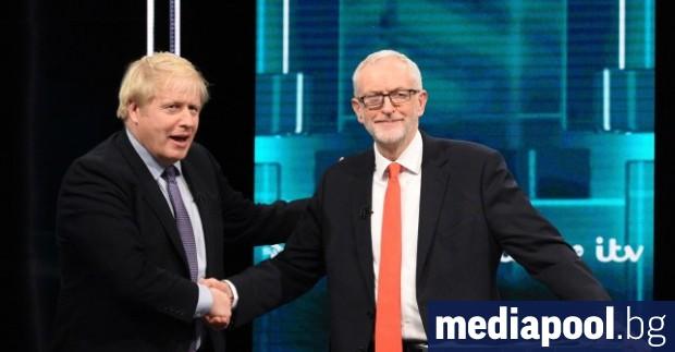 Британският премиер Борис Джонсън увеличи залога в своите предизборни обещания,