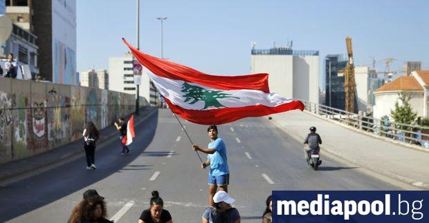 Някои от основните пътни артерии в Ливан бяха отворени след