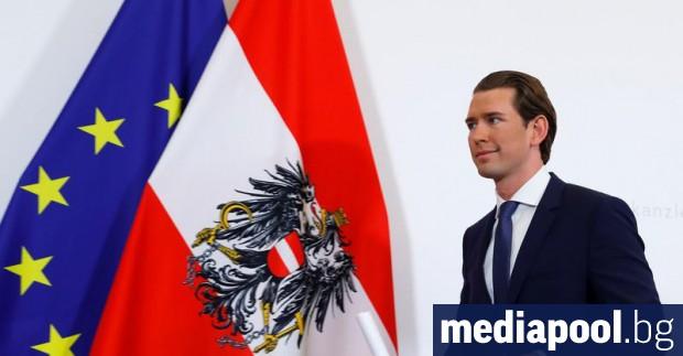 Австрийският консервативен лидер Себастиан Курц съобщи, че неговата партия ще