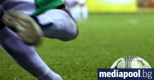 Българският футболен съюз (БФС) е плащал за подготовка на деца