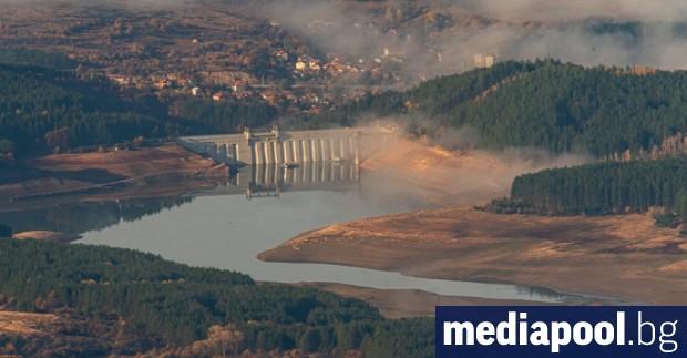 Перник e на воден режим от понеделник заради пресъхващия язовир