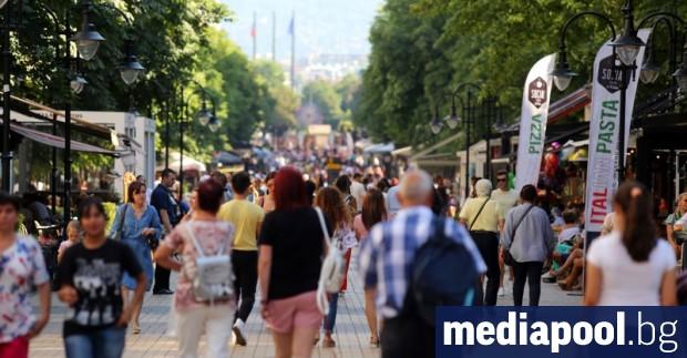 Ръст на туристите (4.9%), на нощувките (0.7%) и на приходите