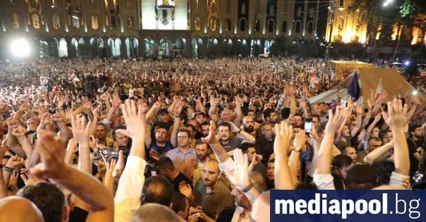 Хиляди демонстранти излязоха на протест в Грузия по призив на