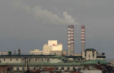 Столична община предупреждава за мръсен въздух, но зелен билет няма