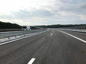Шефът на Пътното управление в Перник шофирал на три ракии