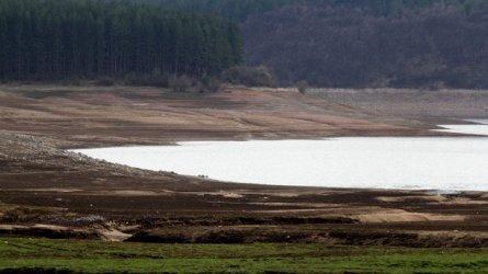 И да вали из ведро, в Перник пак ще има проблем с водата