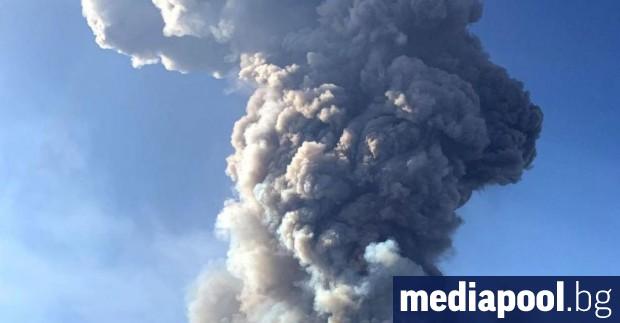 Вулкан е изригнал на новозеландския остров Уайт. Агенция ГеоНет съобщи