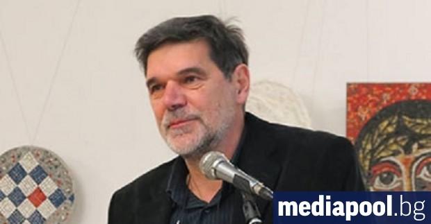 Ректорът на Националната художествена академия (НХА) проф. Николай Драчев е
