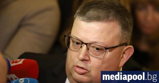 Висшият съдебен съвет (ВСС) освободи Сотир Цацаров от поста главен