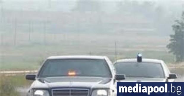 Кола на Националната служба за охрана (НСО) е ударила 14-годишно