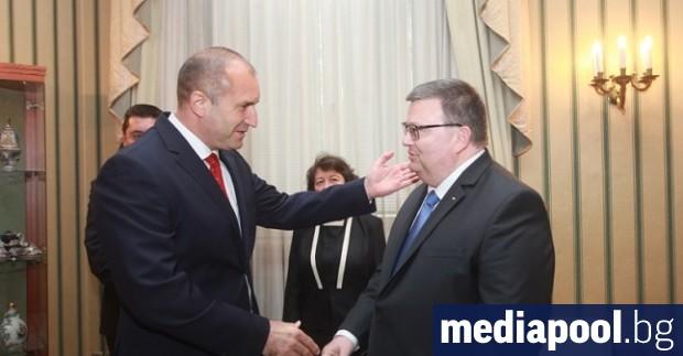 Президентът Румен Радев е издал указ за освобождаването от поста