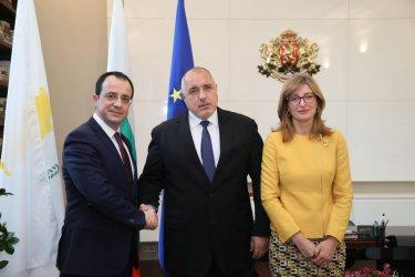 """Засилване енергийните си връзки с Кипър заради газопровода """"ИйстМед"""""""