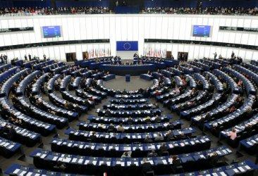 ЕС ще спира парите на дъжавите без върховенство на закона след 2021 г.