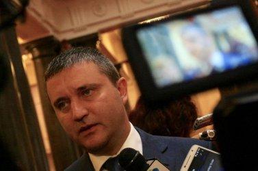Горанов премисли и връща по-високата такса за лотариите