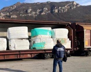 Боклуци от Италия идват в България през фирмата на македонец