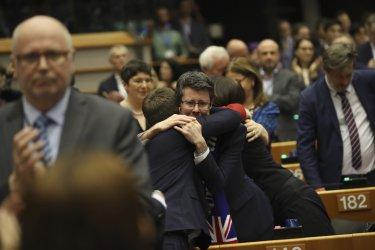 ЕП одобри Брекзит: Не е сбогом, а довиждане