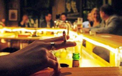 Гръцки ресторантьори обжалват забраната за пушене
