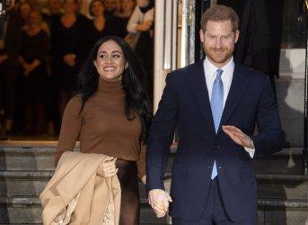 Принц Хари замина за Канада