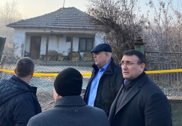 Иван Гешев и Младен Маринов респектираха лично село Галиче (Видео)