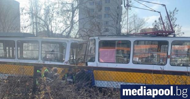 Момче е загинало при верижна катастрофа с три трамвая,