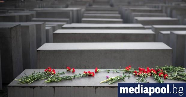 Мнозинството от французите (57 процента) не знаят, че убитите по