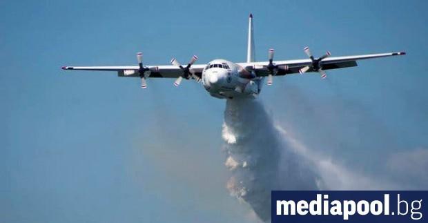 Самолет за гасене на пожари се разби в планинска местност