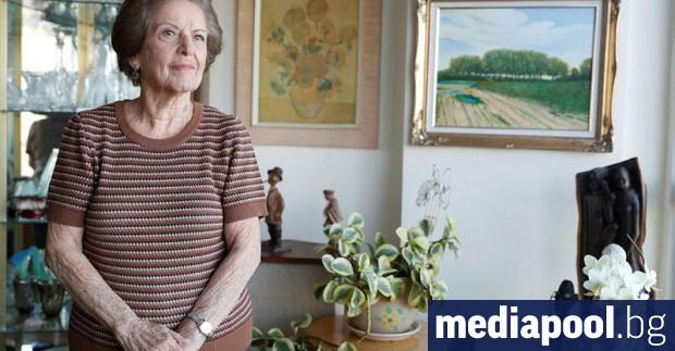 Осемдесет и пет годишната Леа Еврон има само откъслечни спомени
