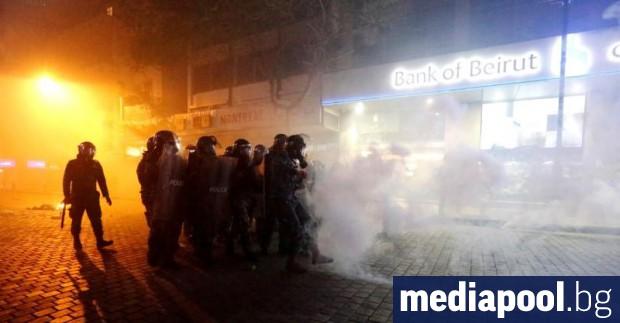 Близо 400 души са били ранени в Ливан при вчерашнитесблъсъци