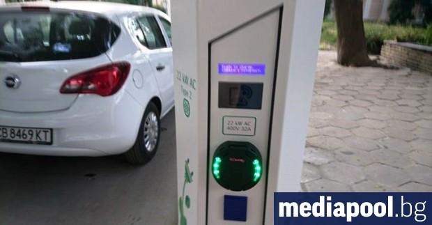 Доставчикът на електроенергия за Югоизточна България ЕВН прави първи стъпки